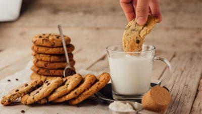 Πρωϊνό με Μπισκότα βρώμης χωρίς ζάχαρη
